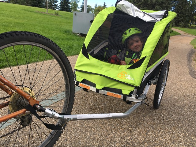Via Velo Bike Trailer // Review + Giveaway