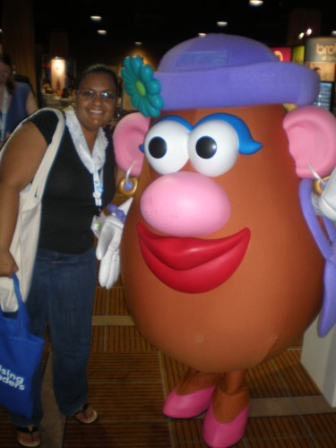 Modern Mami & Mrs. Potato Head - BlogHer 2009