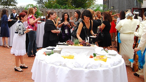 Latina Bloggers Networking at Que Rica Vida Event