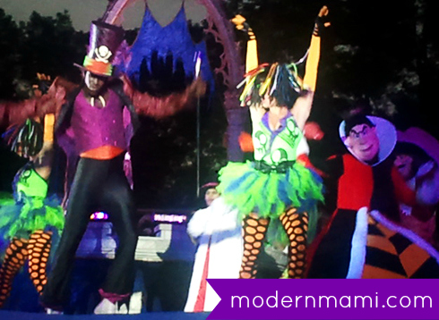 Disney Villains' Dance Mix and Mingle During Mickey's Not-So-Scary Halloween Party