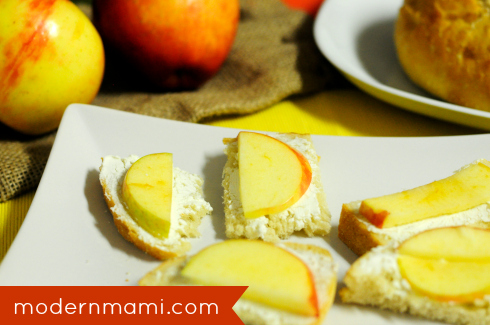 Apple and Goat Cheese Crostini Recipe