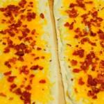 New Year's Appetizer Idea: Loaded Mashed Potato Pizza {Recipe}