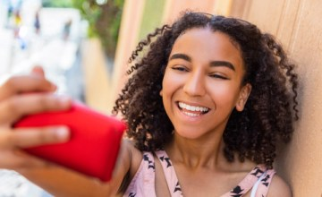 Gifting a Smartphone to Your Tween This Holiday Season: Is it Right for Your Family?