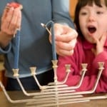How to Light the Menorah With Your Kids
