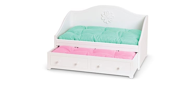 American Girl's Dreamy Daybed