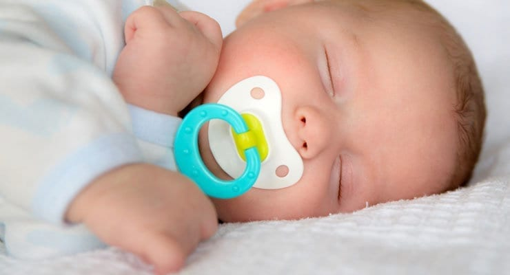 When Should You Give a Pacifier to a Baby?