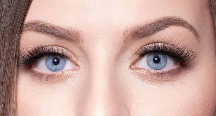 How to Take Off Fake Eyelashes Without Remover