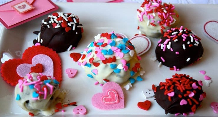 Retro Chic Valentine's Day Bon Bons
