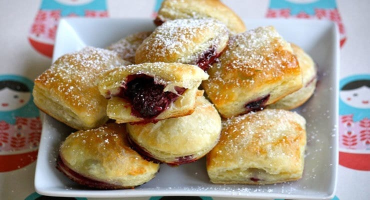 Roasted Berry Puff Pastry Bites