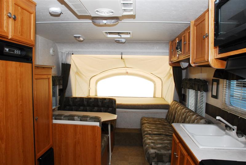 PreOwned 2000 RVision Trailharbor 527RKSS Fifth Wheel