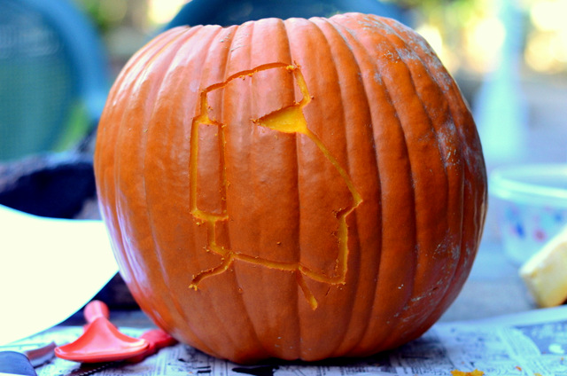 Carving a Tiki Themed Pumpkin!