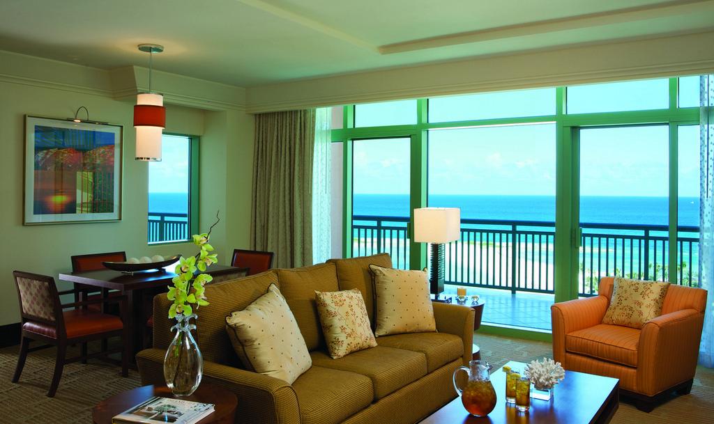 The Reef Atlantis  Modern Vacations