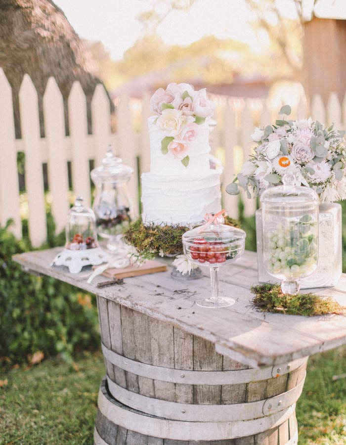 10 Tempting Dessert Buffets  Modern Wedding