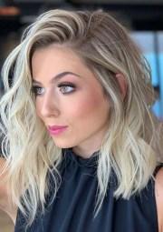 gorgeous medium length blonde hairstyles