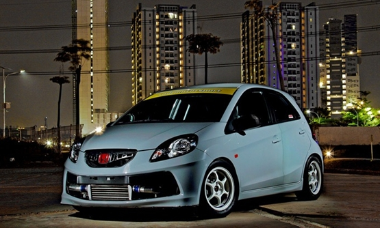 Modifikasi Mobil Honda Brio The Mini Dragster