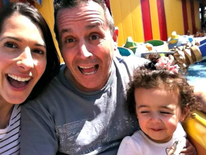 family on dumbo