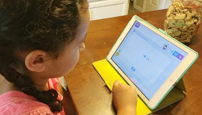 Two Ways to Prevent Summer Slide: Reading Programs & Smartick Method