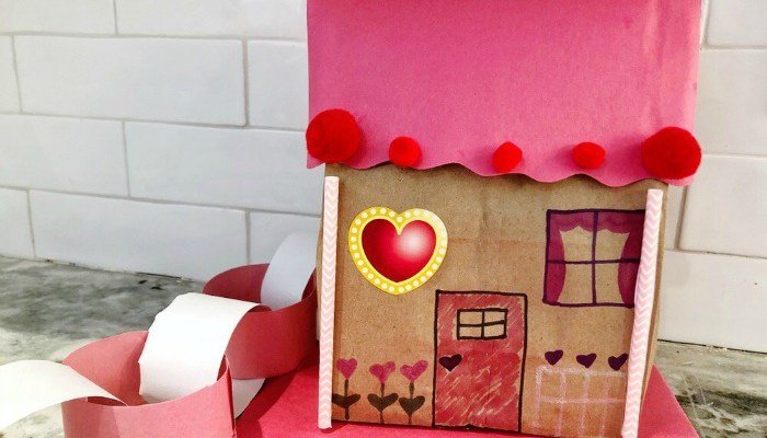 DIY Valentine's Decor: Cupid Cottages