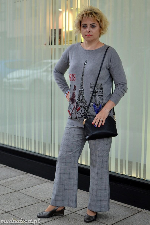 Szara bluzka i szerokie spodnie Modnej Lizet