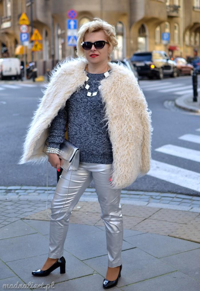 Srebrne spodnie stylizacja Modna Lizet