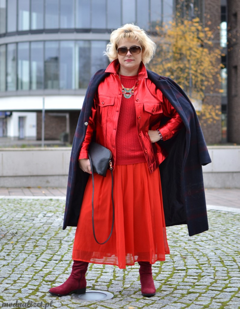 Modna Lizet red total