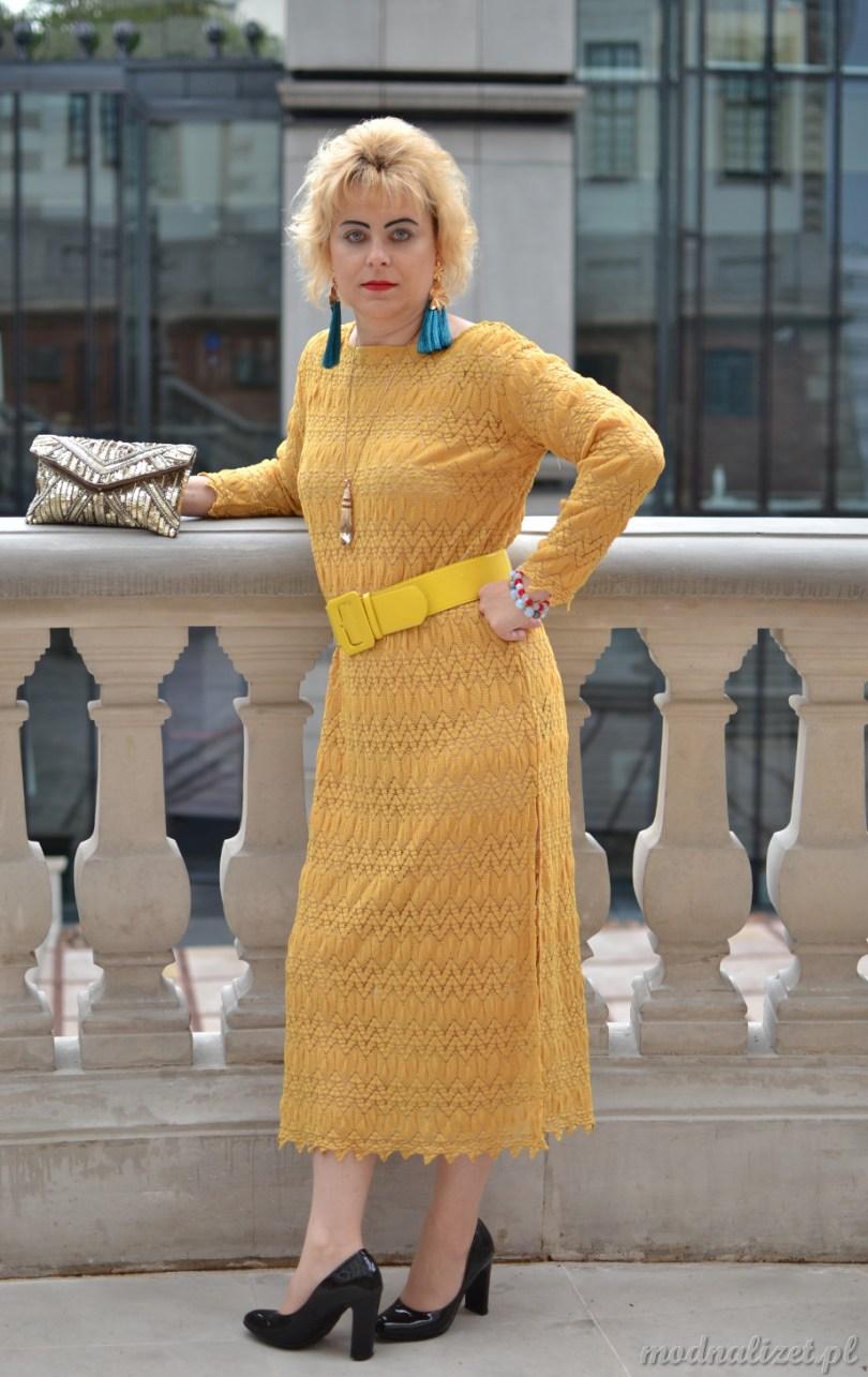 Modna Lizet sukienka z koronki
