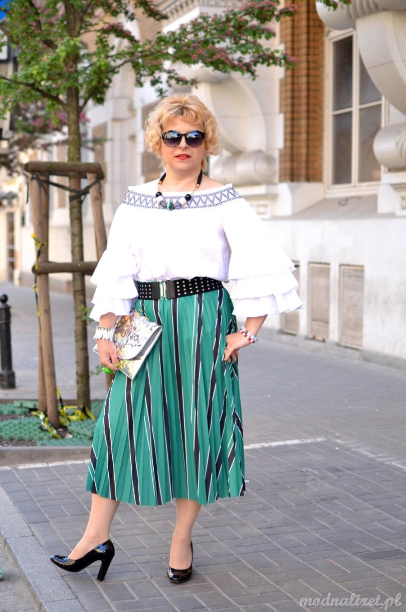 Biała bluzka hiszpanka modna lizet