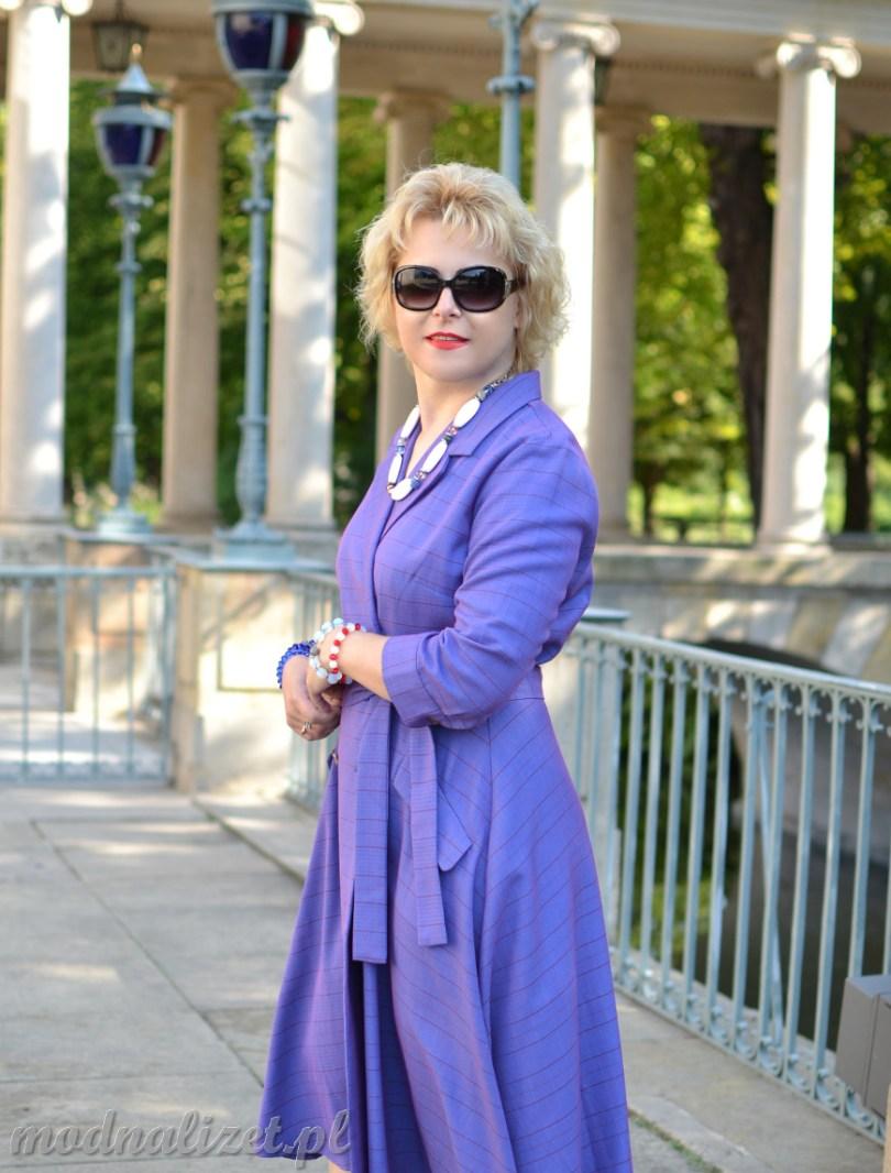 Modna fioletowa sukienka