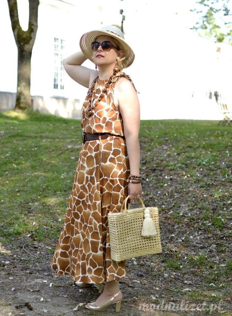 Pożegnanie z Afryką-Modna sukienka w brązowe cętki