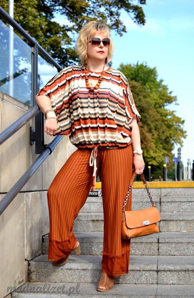 Bluzka i spodnie na jesień