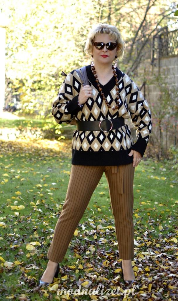 Sweter we wzory Zary