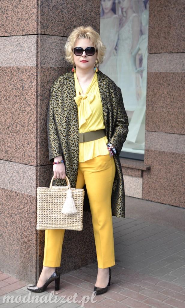 Limonkowy płaszcz w lamparcie cętki