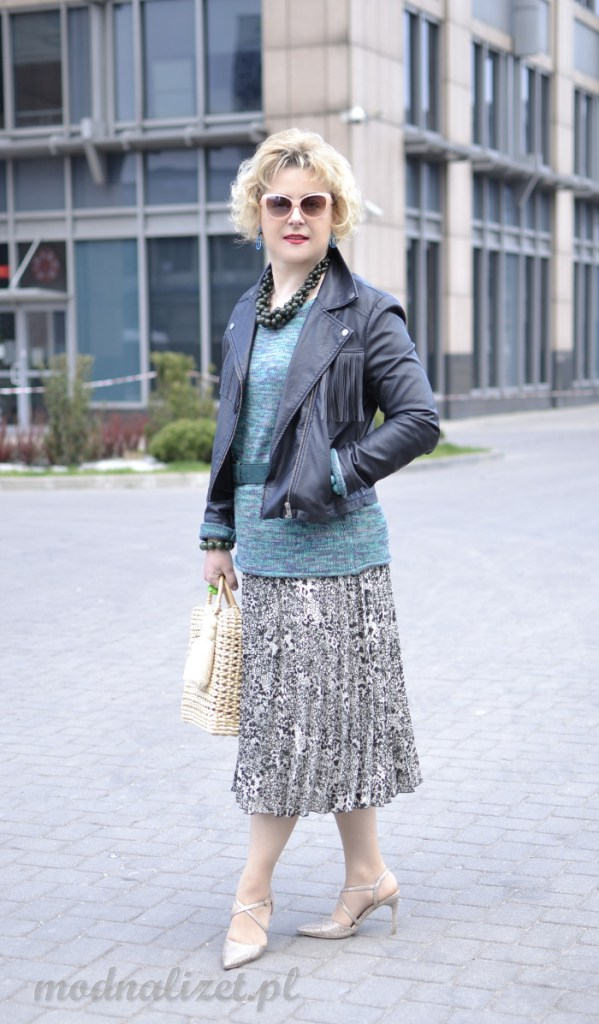 Modny turkusowy kolor