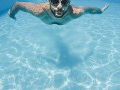 como mantener el agua de la piscina
