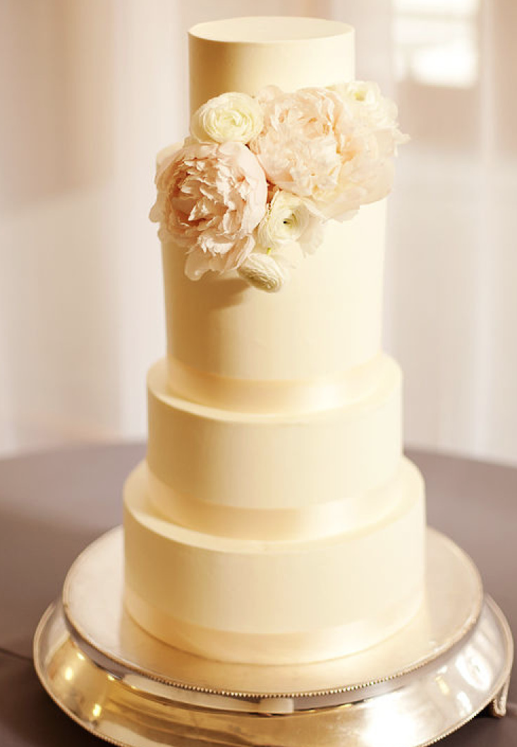 25 JawDropping Beautiful Wedding Cake Ideas  MODwedding