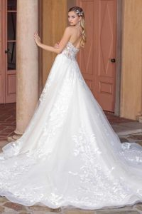 Casablanca Bridal Wedding Dresses with Sophisticated ...