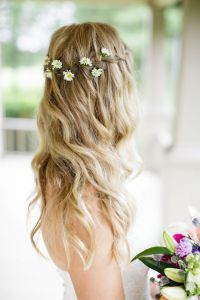 Wedding Hairstyles with Chic Elegance