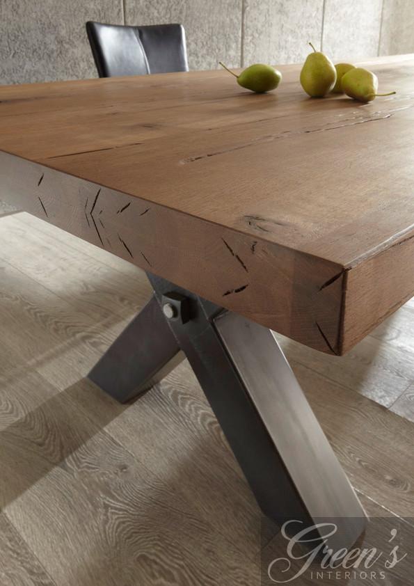 Esstisch Kansas Stahlbein Platte Balkeneiche  DAM 2000 Ltd  Co KG