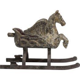 Dekoration: Pegasus-Style Ein zauberhaftes Deko-Objekt in stattlicher Größe für die vielseitigsten Verwendungsmöglichkeiten. Der Schlitten samt geflügeltem Pferd und Kufen ist mit aufwendigen Used-Effekte verfeinert. Für einen ganz besonderen Vintage-Look.