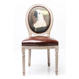 Stuhl: Aristocratic chic Dieser Polsterstuhl besticht durch die Kombination aus klassischem Formenschatz und extravagant-fantasievollem Design. Die Formensprache mit der ovalen