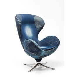 Sessel: Modern Retro Trotz der klassischen Formsprache geht der Drehsessel Lounge Jeans im Design vollkommen eigene Wege und überrascht mit einer erfrischenden Neuinterpretation des klassischen Designs. Man muss anerkennend feststellen