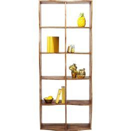 Regal: Bücherregal mit reizvoll geformten