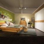 Schlafzimmer Natura New Jersey Bett Massivholz Eiche Schrank Eiche Und Glas Weiss Mobel Rodemann
