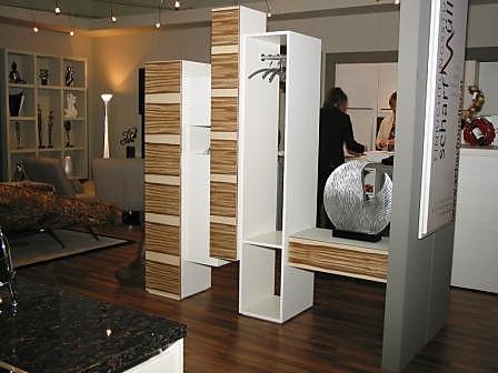 Garderoben  Skyline  RaumteilerGarderobe SkloibMbel von Einrichtungsstudio Scharfmller in