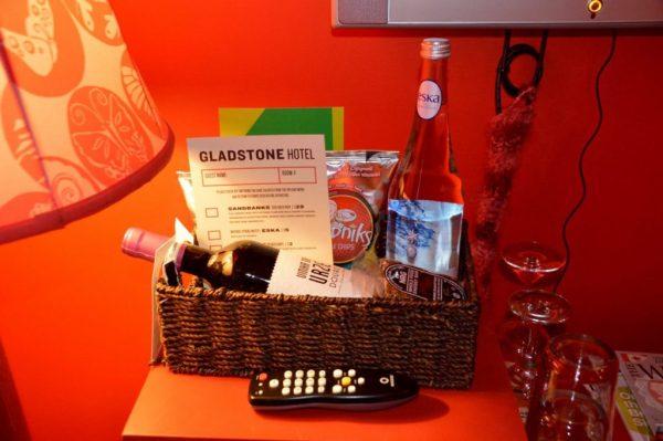 Gladstone Hotel in room amenities