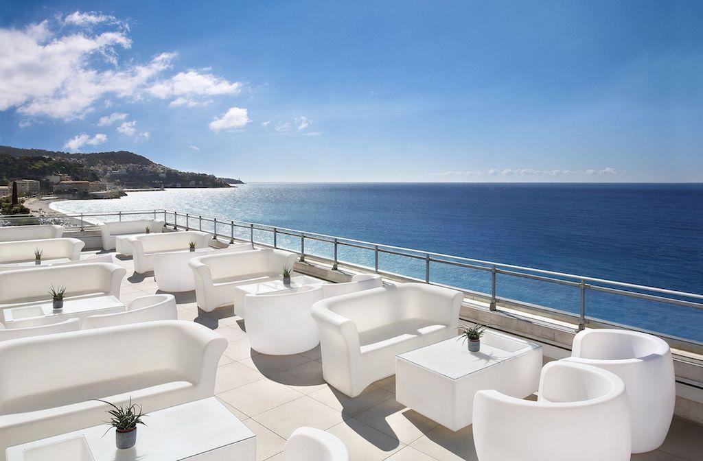 Meridien Hotel La Terrasse Rooftop Lounge © Le Meridien Hotel