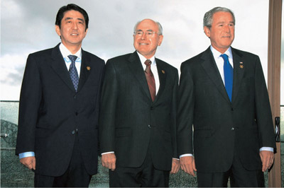 Prime Minister Shinzo Abe with President George W. Bush and Prime Minister John Howard in Sydney, September 8 2007