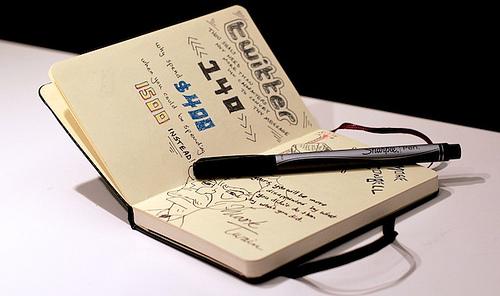 notebook pen photo