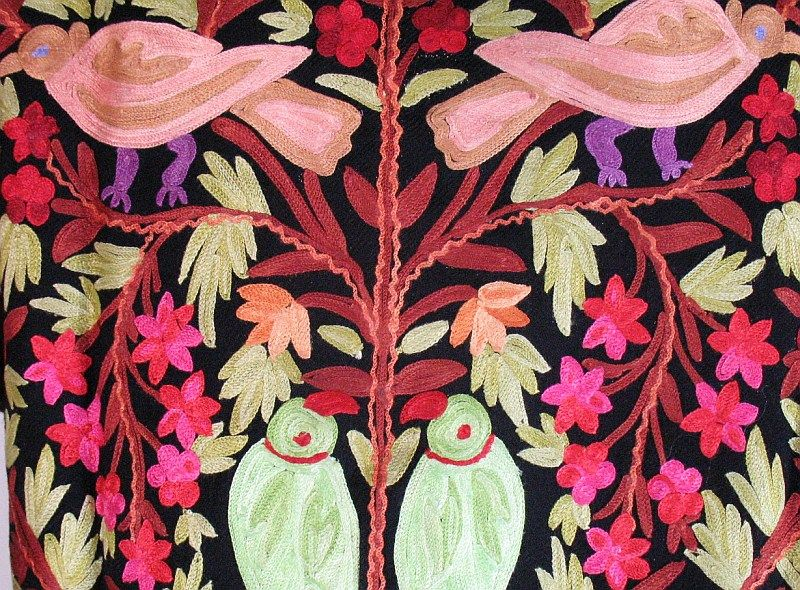 EMBROIDERED FABRICS kasida handicrafts- Aih