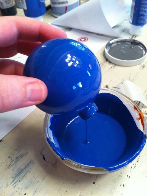 DIY Des boules de Nol superhros